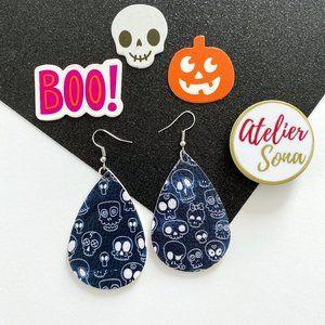 Wacky Skulls Teardrop Earrings - Navy Blue